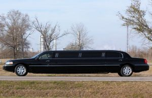 How Much Does It Cost to Rent a Limo? - Tell Me How Much