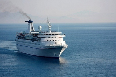 How Much Fuel Can A Cruise Ship Hold?
